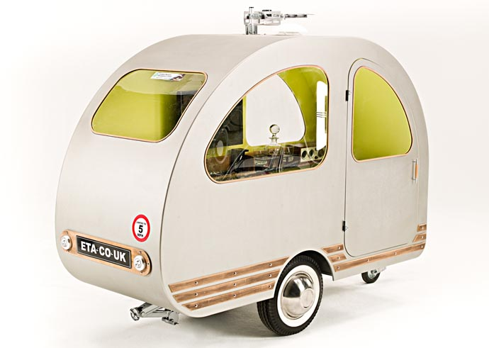 Qtvan bicycle caravan