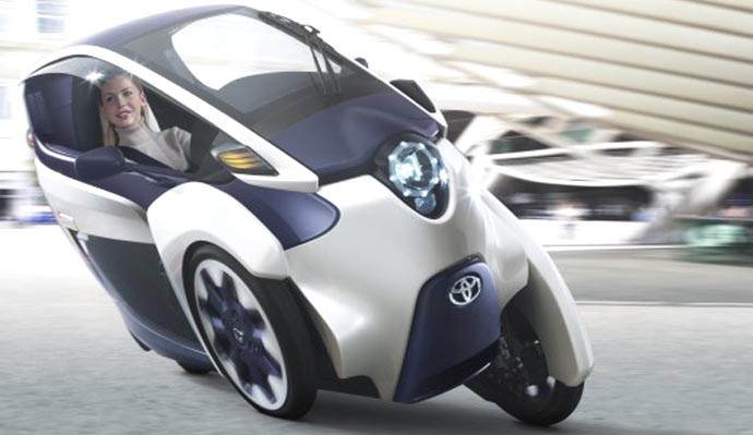 toyota i-road in mid corner