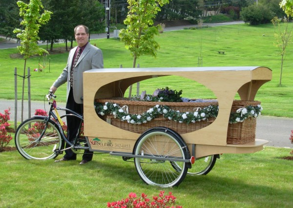 Funeral director Wade Lind was inspired to build the pedal-powered hearse after overhearing a conversation between cyclists.