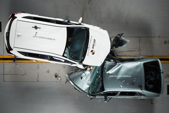 older cars crash test against new car