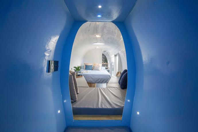 helicopter hotel bedroom