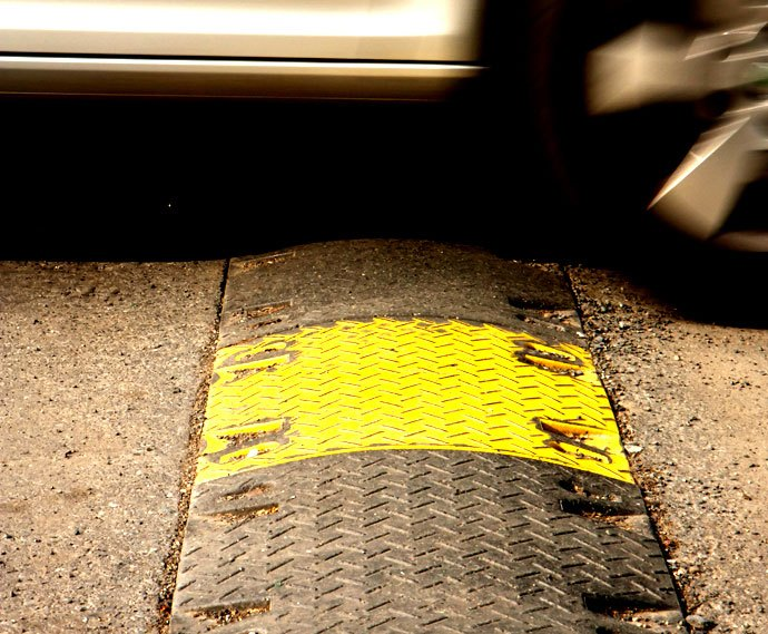 speed bumps traffic calming